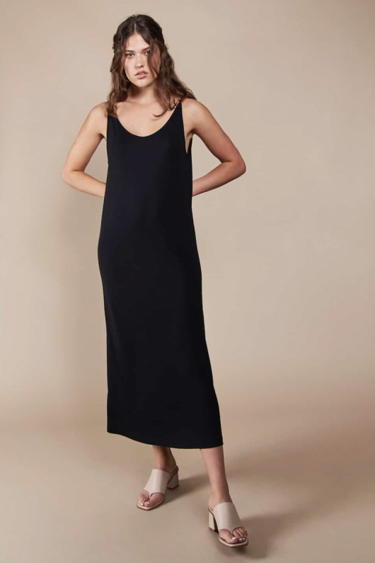 Dress Triangle Midi - Black i gruppen Feminint / Klänningar & Jumpsuits hos THRIVE (1702300500)