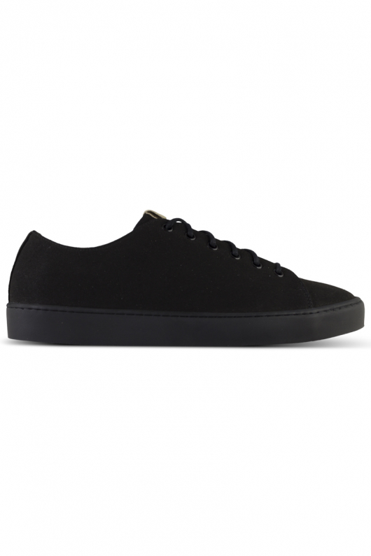 Oak - Black Vegan i gruppen SKOR / Sneakers hos THRIVE (7018oakblk)